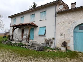 propriété à Nanteuil-Auriac-de-Bourzac (24)