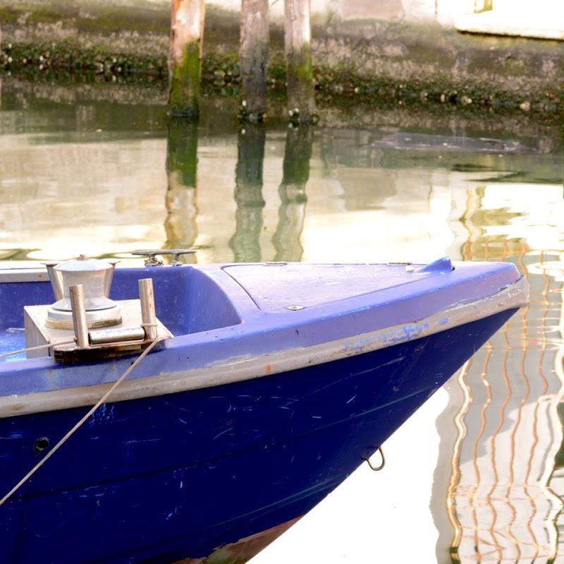 Blu boat di GiuseppeZampieri