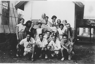 Photo: vooraan: Harold Penn, Beng Tan,Tom Spendlik, Jan Sobels, Tjoa Yo.