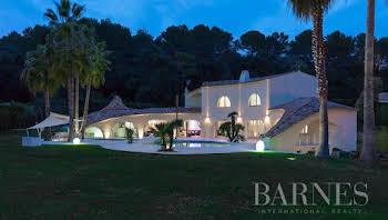 Villa 500 m2