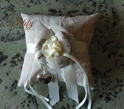 Photo: cuscinetto portafedi