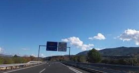 Muere un motorista tras sufrir un accidente en la A-92 en Rioja