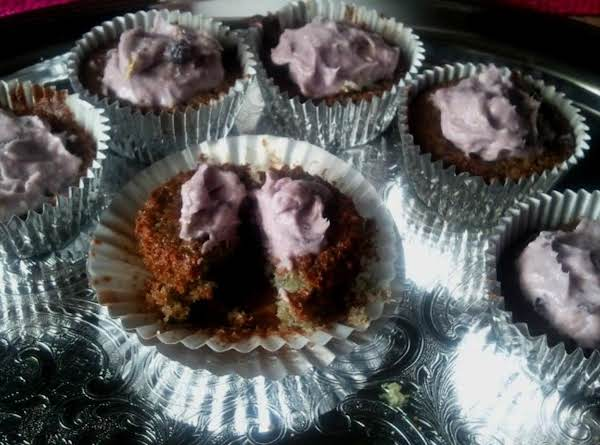 Blueberry Cupcakes N Blueberry Buttercream Frostin