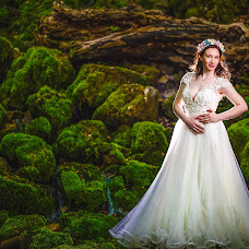 Wedding photographer Bita Corneliu (corneliu). Photo of 09.05.2018