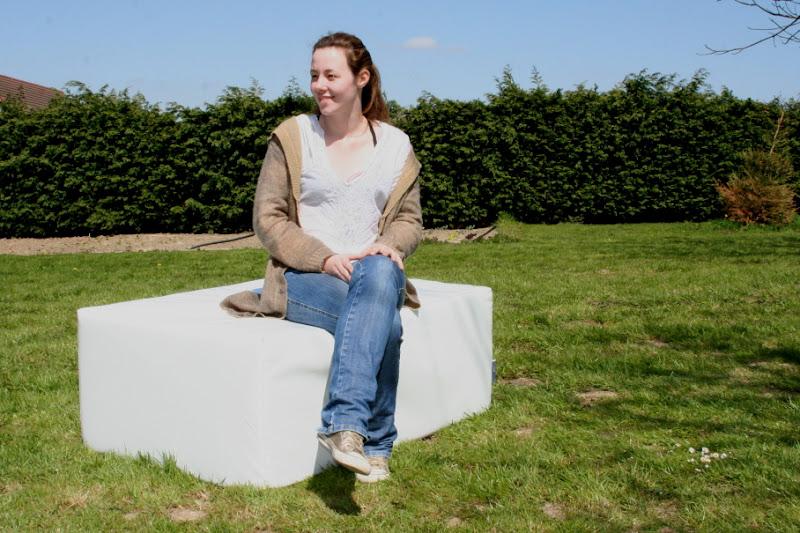 Cubic Pouf lounge blanc