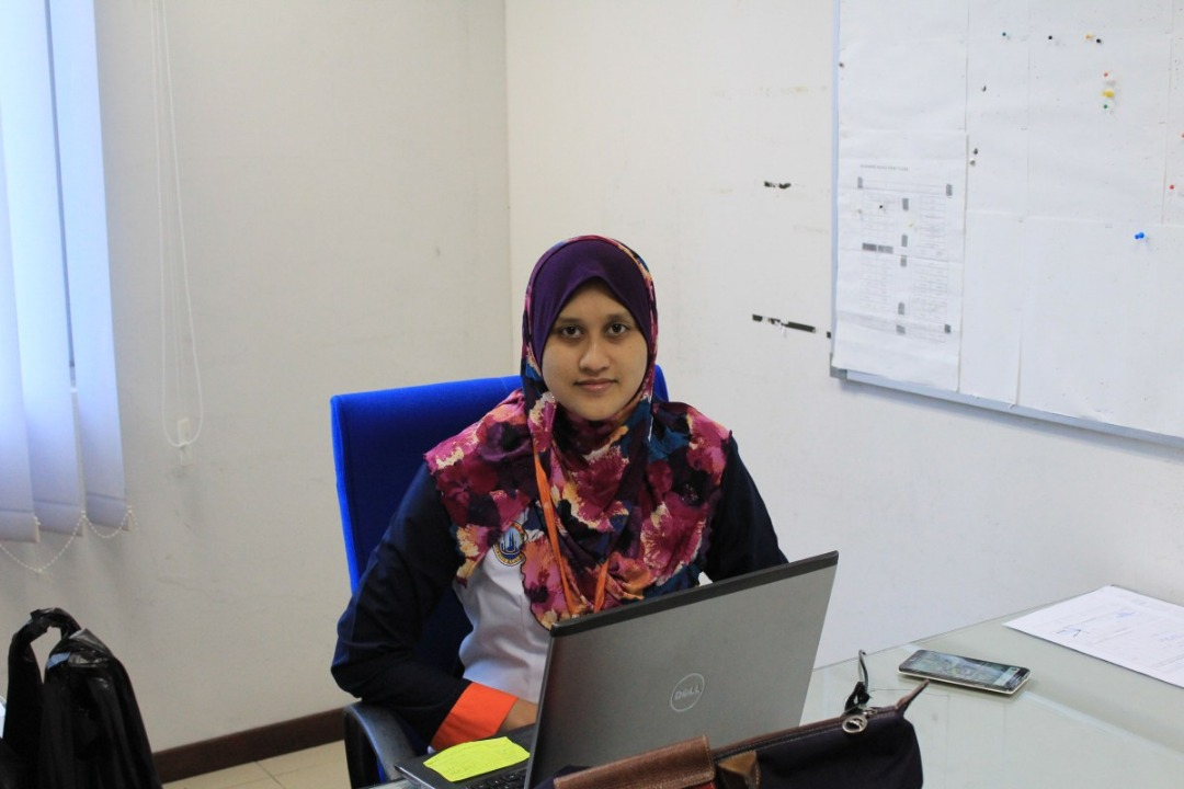 Dr Nor Aida Abdul Rahman is a Senior Lecturer of Aviation Management and a Research Coordinator at Universiti Kuala Lumpur, MIAT campus. She earned her PhD degree in Management (Supply Chain Management) from Brunel University, London, UK in 2012; BBA (Finance) and M. Edu (Business & Entrepreneurship) from National University, Malaysia.Her BBA was on finance, her M. Edu degree was on business and entrepreneurship, and her PhD degree was on supply chain management (SCM). She had her paper with Industrial Marketing Management Journal and Applied Mechanics and Materials Journal.She also published refereed papers in several conferences, both across the country and internationally. In terms of research funding, she holds are search grant from various bodies including MOHE and UniKL. She is a member of the Academy of Marketing UK and Chartered Institute of Logistics Transport (CILT) UK. She is also PSMB certified trainer.