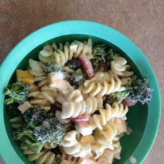 Summer Pasta Broccoli and Tomato Pasta Salad.