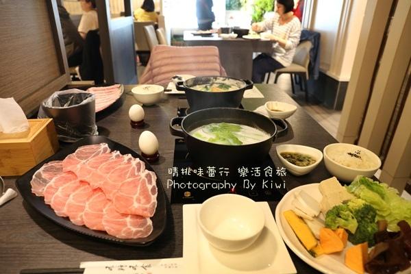 不時不食清鍋物 @青牧鮮奶純香迷人,蔬菜吃到飽,需事先訂位