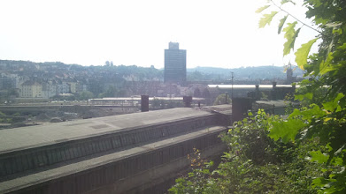 Photo: Das Hochhaus der Bundesagentur für Arbeit Hagen im Fokus.