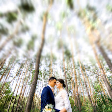 Wedding photographer Vadim Kukoba (janerossi). Photo of 26.10.2017