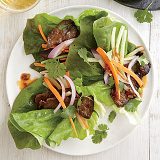 Spicy Steak Lettuce Wraps