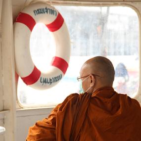 Thai Monks #2 by Timmothy Tjandra - People Street & Candids ( temple, budha, buddhism, monk, monks, buddhist, thailand, buddha,  )