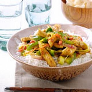 Thaise Kip Met Limoen En Roerbakgroenten