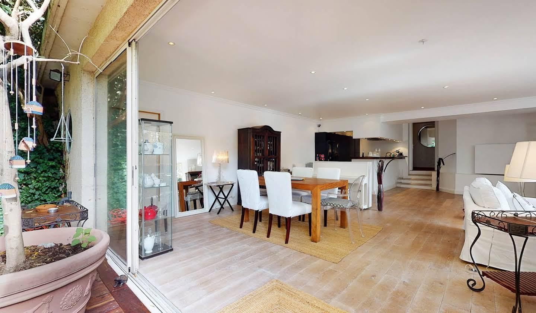Appartement contemporain avec terrasse Suresnes