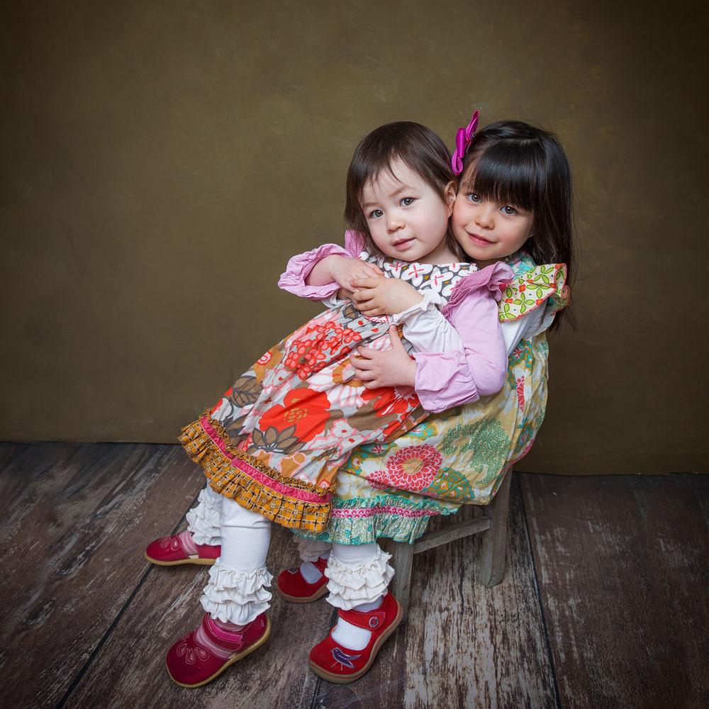 Zwei Mädchen Kindershooting.