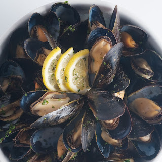 Herbed Steamed Mussels.