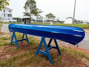 Photo: pulling the canoe to dry dock for maintenance and fitting new accessories...
