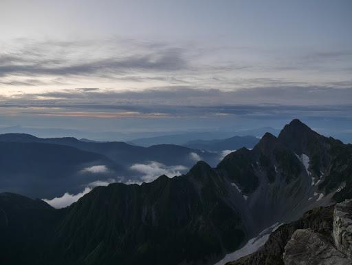 前穂高岳(富士山や南アルプスは見えず)