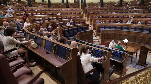Votación en el Congreso del decreto ley para reducir la temporalidad en el empleo público, el miércoles.