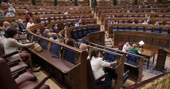 Más de 8.000 interinos están pendientes de conseguir su plaza en Almería
