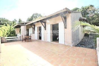 villa à La Croix-Valmer (83)