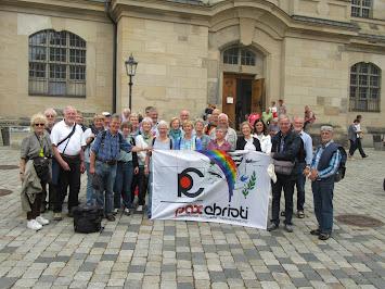 Gruppenbild in Dresden.JPG