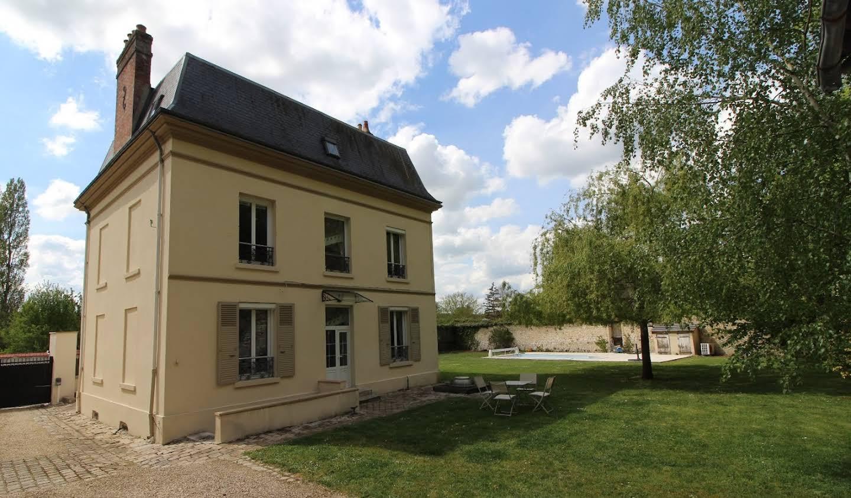 Maison avec piscine et terrasse Pacy-sur-Eure