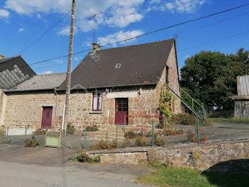 maison à Saint-Denis-de-Gastines (53)