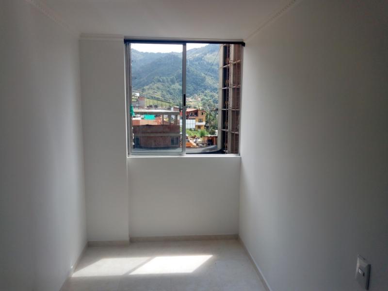 apartamento en arriendo la doctora 679-20051