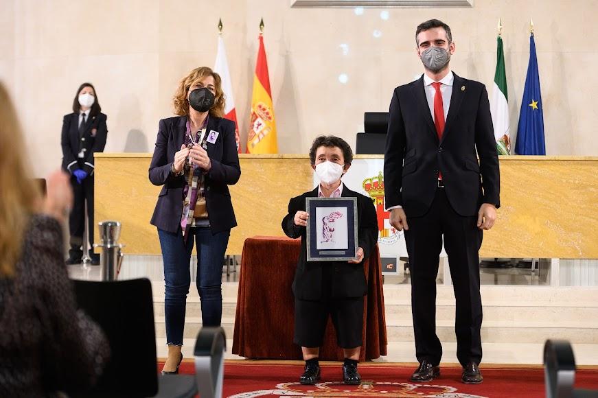Premio a  María Jesús Pérez Escobar (Lucha por la igualdad).