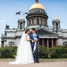 Wedding photographer Kseniya Mitrofanova (KsuCher). Photo of 07.10.2015