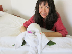 Photo: Vanessa 1, elephant 0: she tries (unsuccessfully) to put him back together
