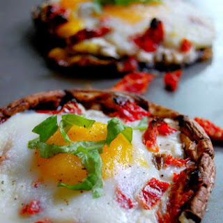 Portobello Baked Eggs with Sundried Tomatoes and Goat Cheese