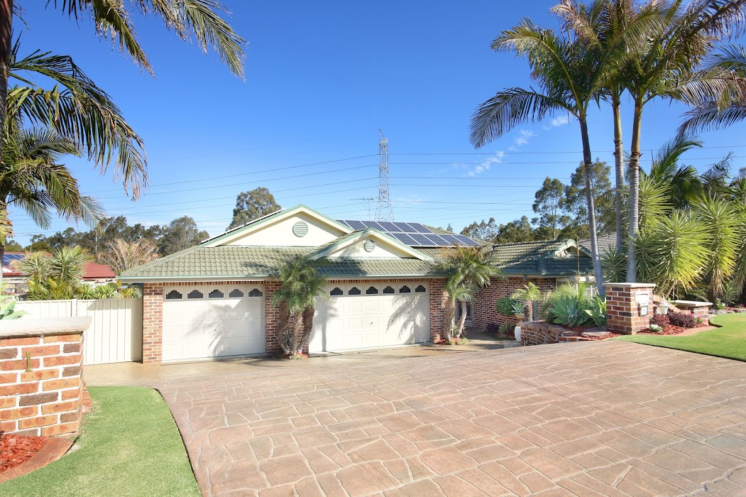 Main photo of property at 1 Binnit Place, Glenmore Park 2745