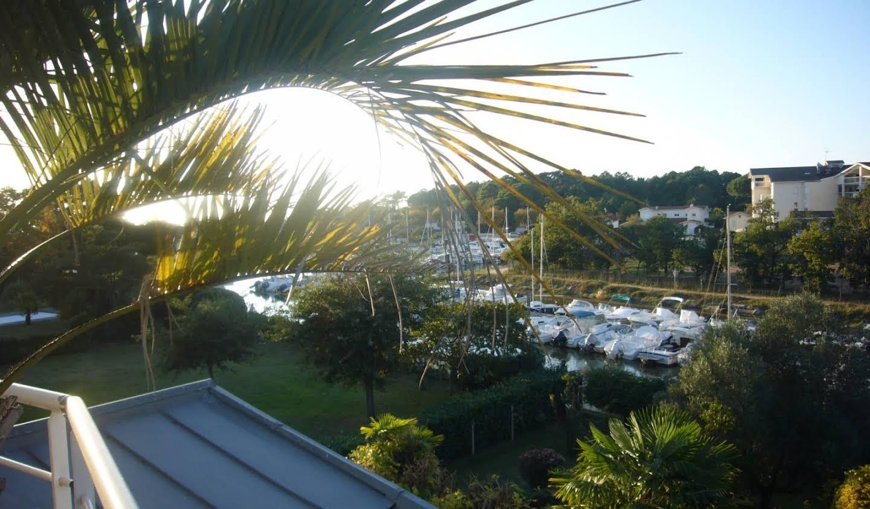 Villa avec piscine en bord de mer Lanton