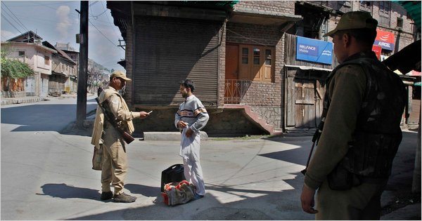 Kashmir separatists reject Indian peace package, Stand Off ...