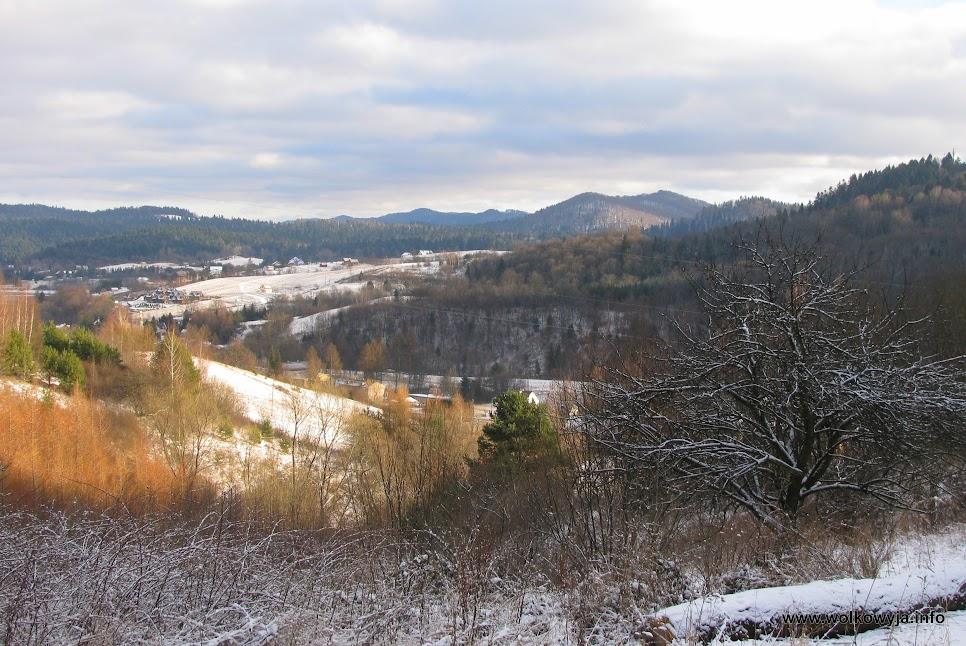 Białe wzgórza w Wołkowyi