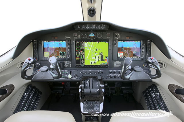 Panel photography of the Cessna Mustang with the Garmin G1000.