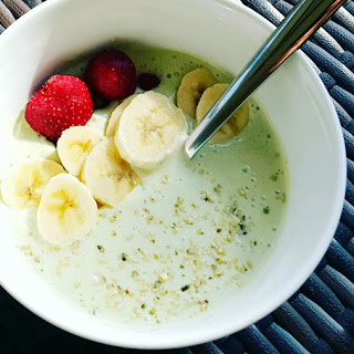 Energizing Matcha Smoothie Bowl
