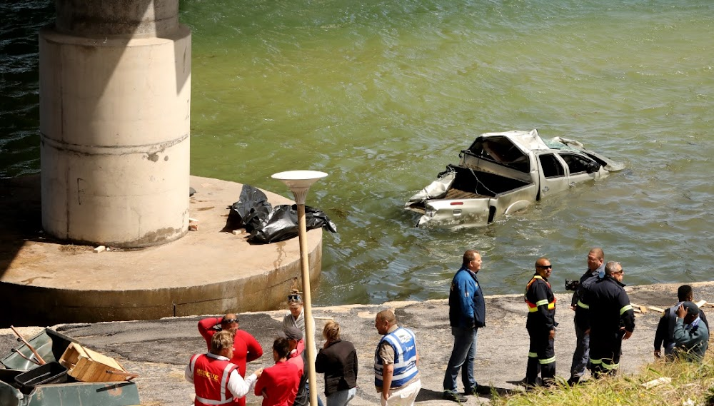Three die as bakkie goes off Bluewater Bay bridge - DispatchLIVE