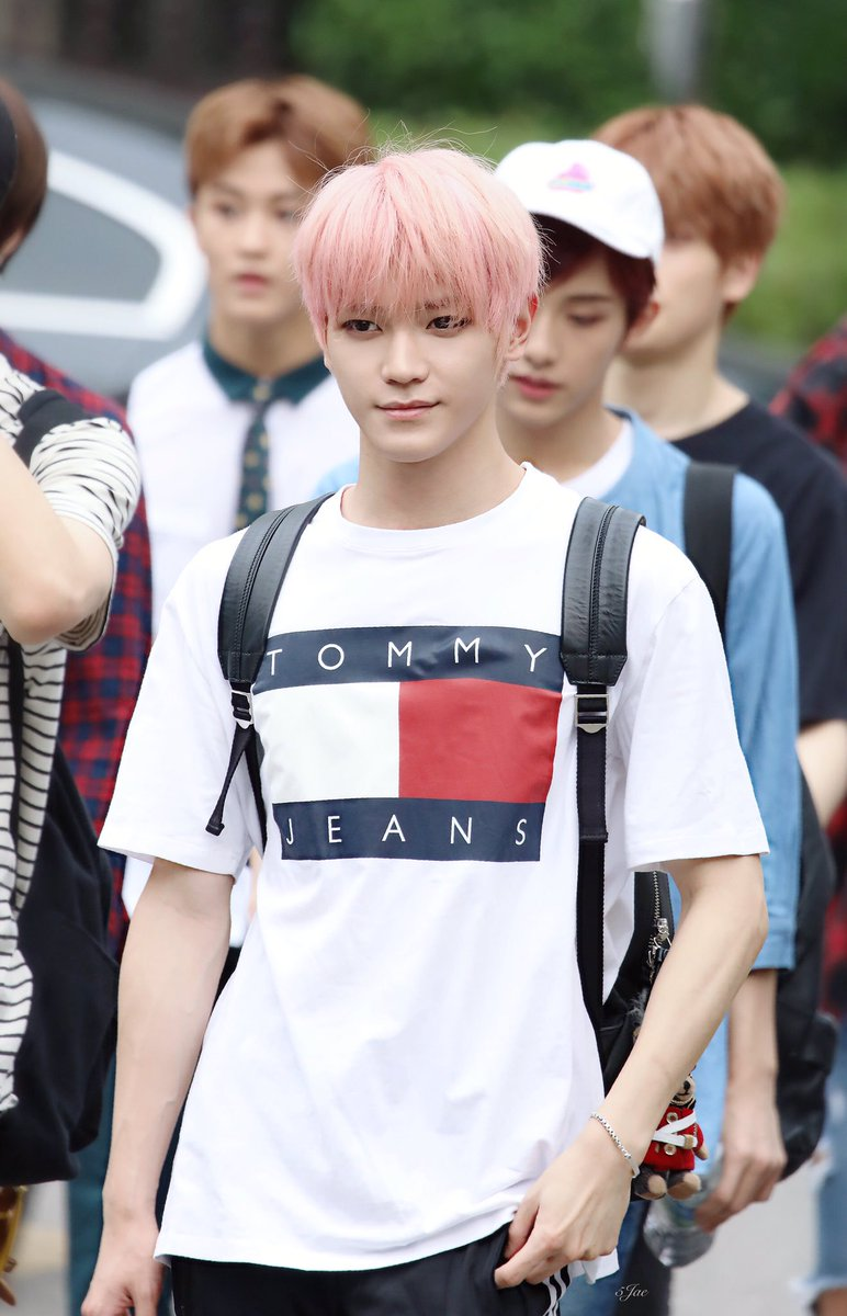 taeyong fashion 37