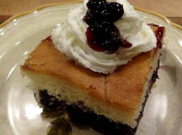 BONNIE'S BLUEBERRY BOTTOM CAKE