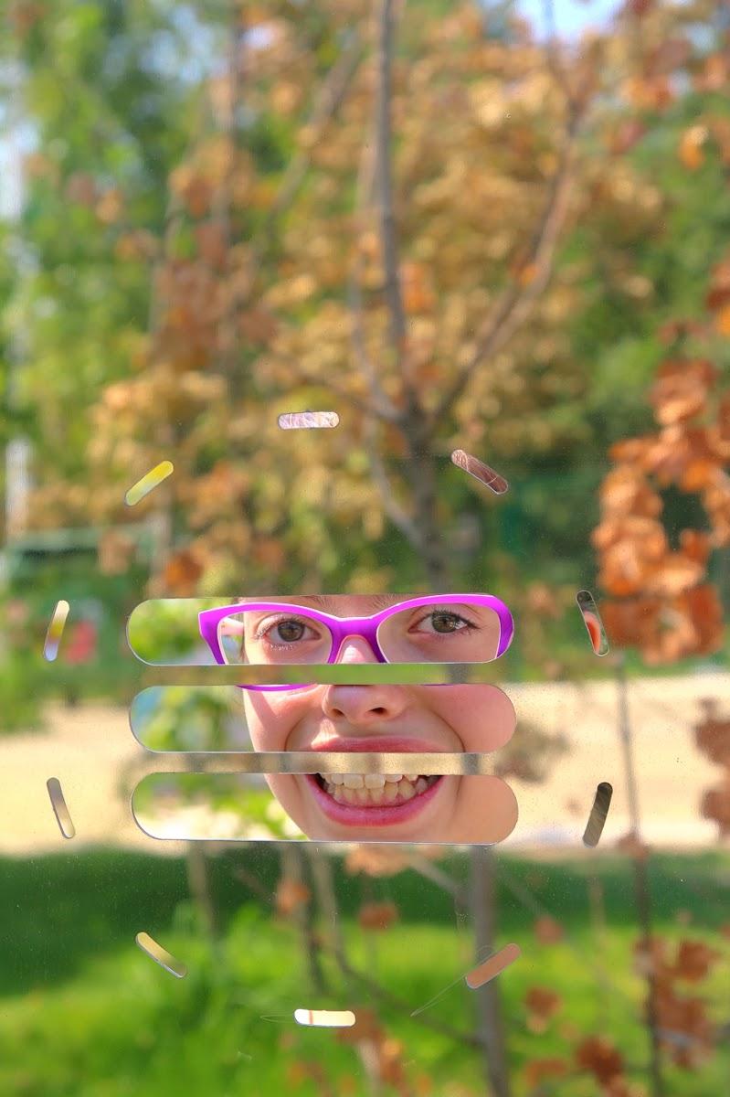 Dietro lo specchio di bepi1969