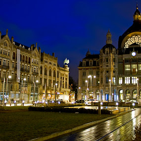 Antwerpen Centraal Station... by Avishek Patra - Buildings & Architecture Other Exteriors ( station, night, palace, dusk,  )