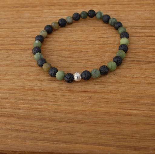 Bracelet jade vert et pierre de lave 6