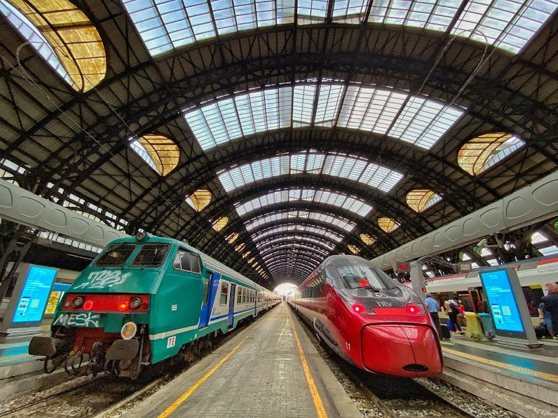 Partenza in treno da Milano  di Capirizzo