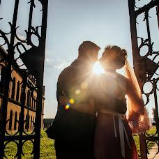 Wedding photographer Sergey Dyadinyuk (doger). Photo of 18.12.2017