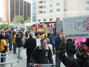 Photo: When the Teamsters big rigs went by, everyone cheered.