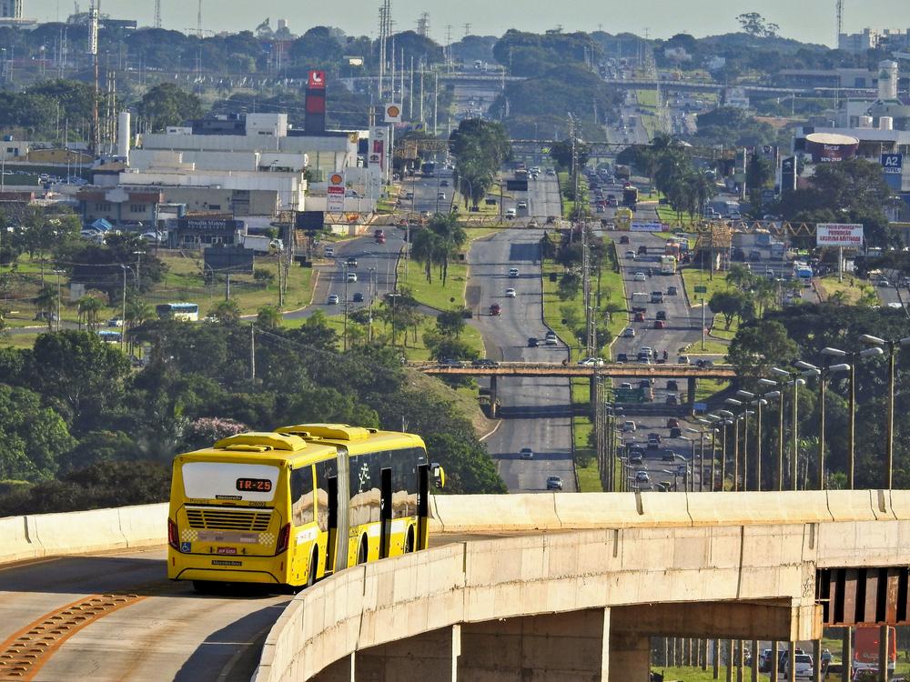 Transporte público reduz desigualdades nas cidades brasileiras, aponta o Ipea. (Fonte: Shutterstock/brenofortes/Reprodução)