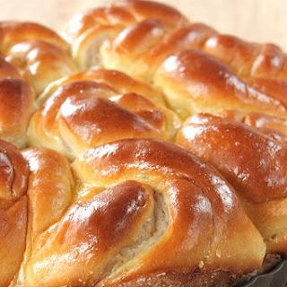 Taro Swirl Bread.